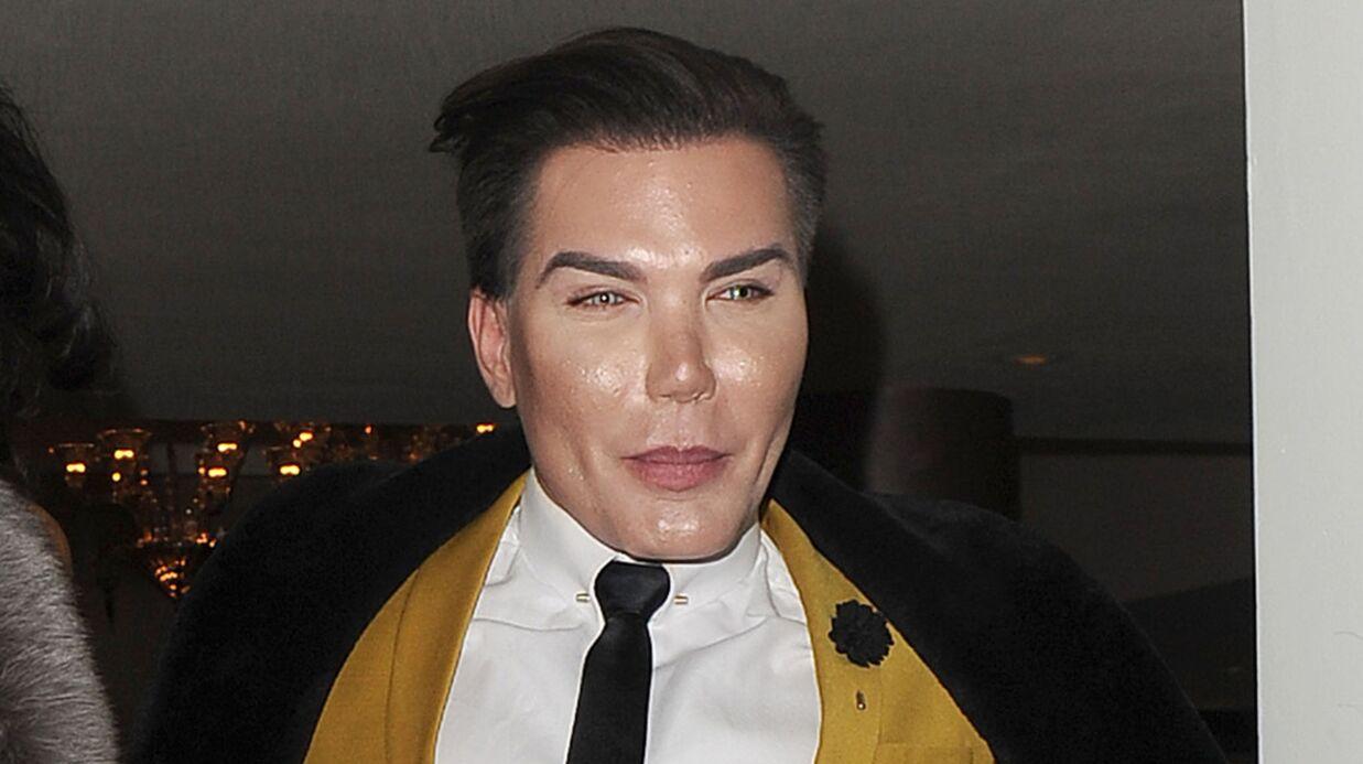 Le Ken humain arrêté par la police parce qu'il est méconnaissable par rapport à sa photo de passeport