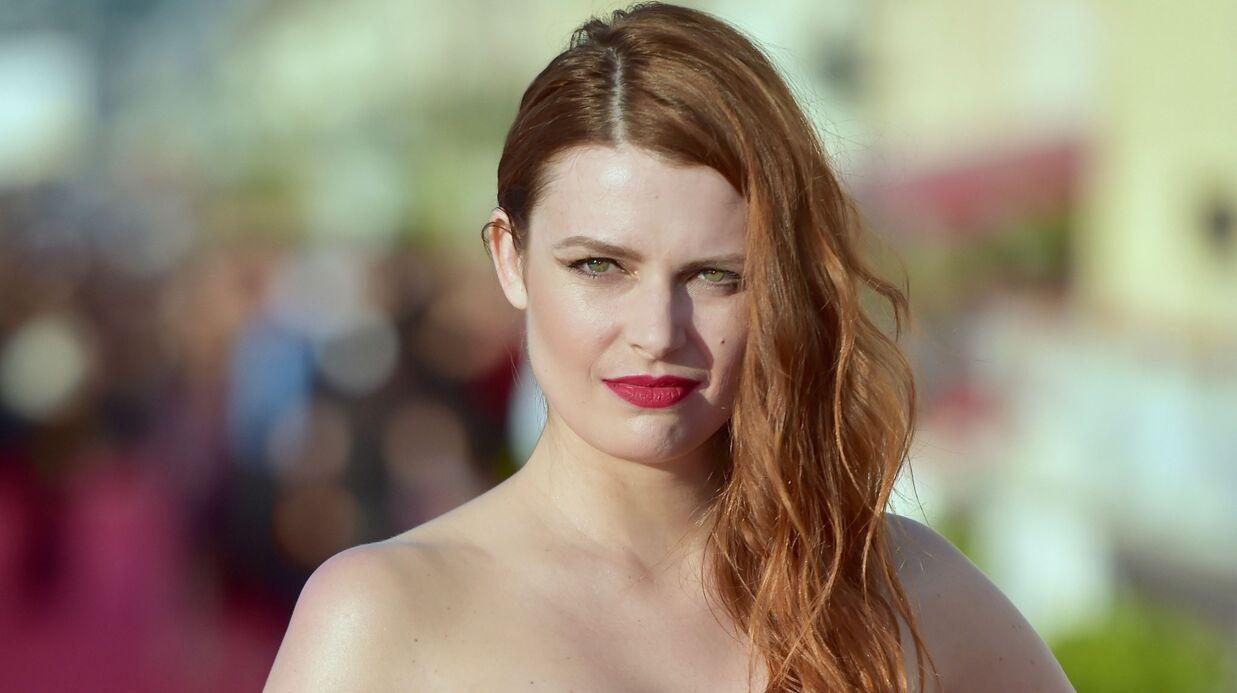 PHOTO Elodie Frégé: sans maquillage et en nuisette, la chanteuse est sublime