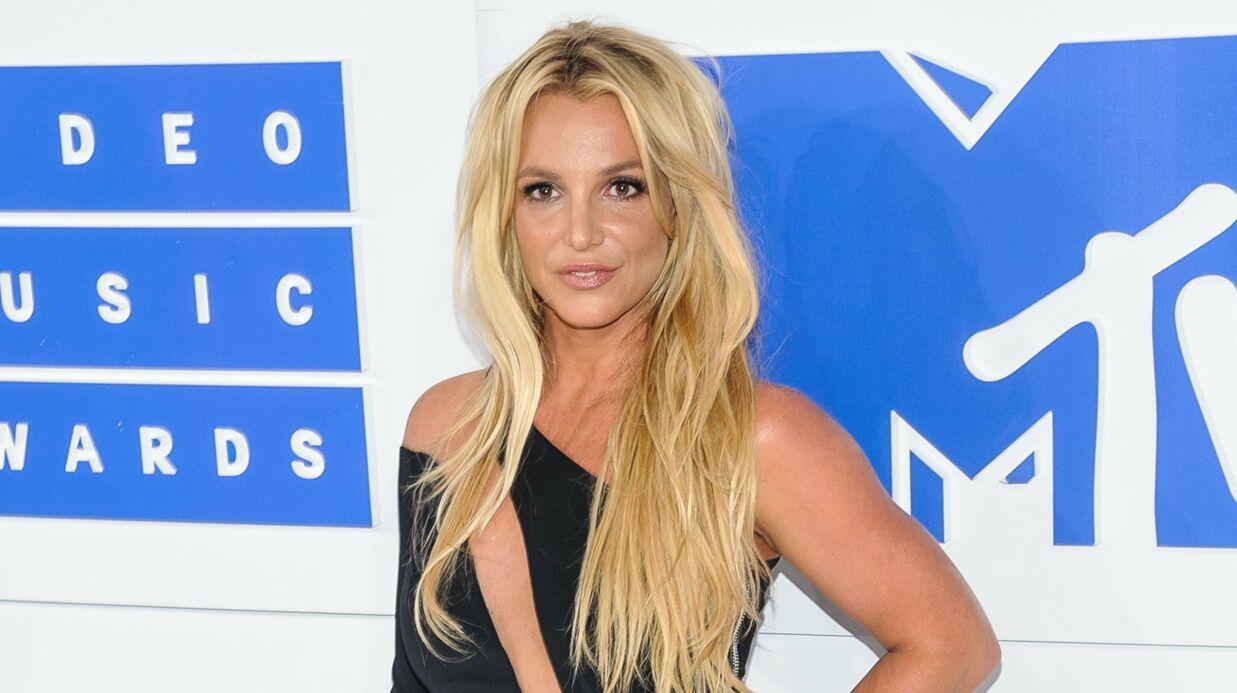 PHOTO Britney Spears se déshabille et fait rêver les internautes