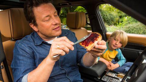 PHOTOS Jamie Oliver fait transformer sa voiture en véritable cuisine: découvrez son véhicule insensé