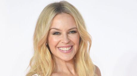 Kylie Minogue: accusée d'avoir retouché une photo de ses fesses, elle répond avec humour et glamour