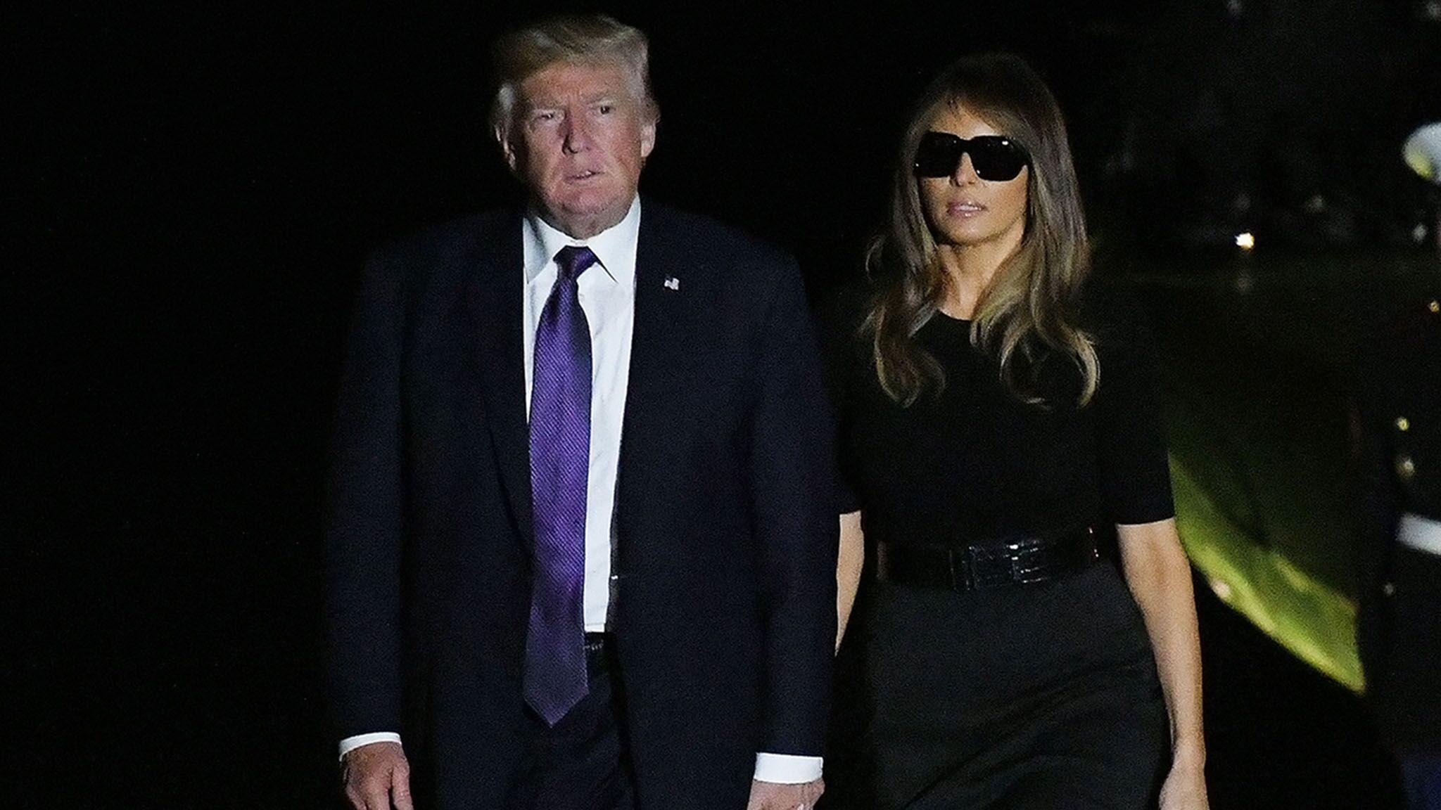 d5c412002db176 PHOTOS Melania Trump   son look lunettes de soleil en pleine nuit fait bien  rire les internautes - Voici