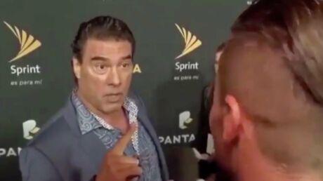Une star mexicaine de soap operas gifle violemment un reporter sur un tapis rouge