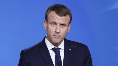 Quand Emmanuel Macron pose avec des jeunes et sent une odeur de cannabis