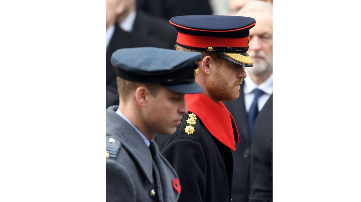 Le prince Harry assiste à une cérémonie officielle et fait scandale pour une étonnante raison