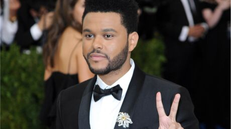 The Weeknd se console de sa rupture avec Selena Gomez dans les bras d'une ex de Justin Bieber