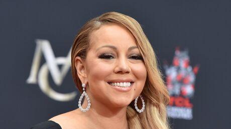 PHOTOS Mariah Carey décore son sapin de Noël et affiche sa silhouette amincie