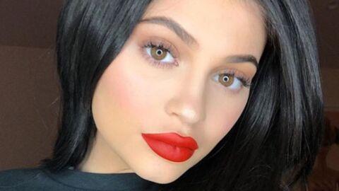 Kylie Jenner sort une ligne d'accessoires maquillage atrocement chers: les internautes la taclent