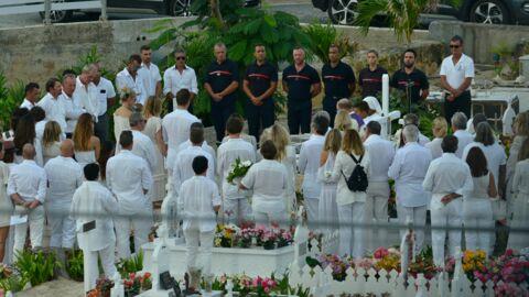 Obsèques de Johnny Hallyday: découvrez la tombe très fleurie du rocker