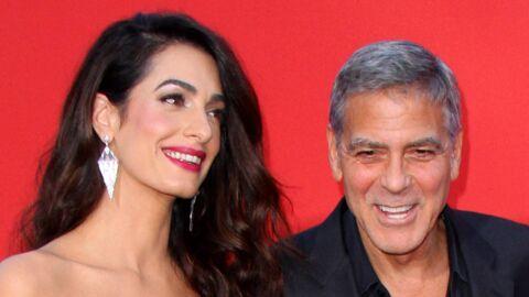 George Clooney: son incroyable astuce pour calmer le jeu quand ses jumeaux hurlent dans l'avion