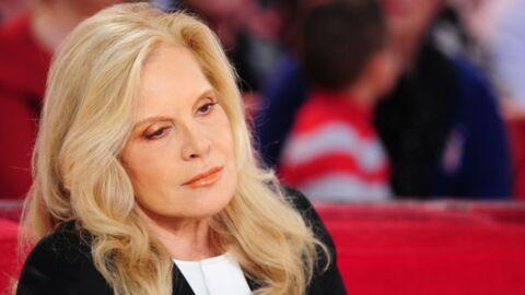PHOTO Après les hommages rendus à Johnny Hallyday, Sylvie Vartan rentre à Los Angeles