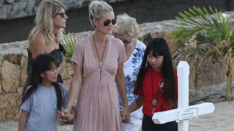 Mort de Johnny Hallyday: Jade et Joy se recueillent pour la première fois sur la tombe du chanteur