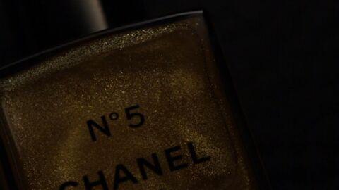 Nos beauty crushs: la palette Merry Metals L'Oréal Paris et l'huile pour le corps N°5 Chanel
