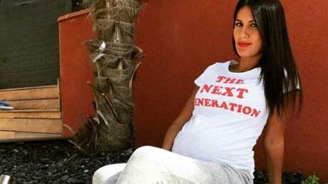 PHOTO Wafa (Koh-Lanta) dévoile le sexe de son bébé et son impressionnant ventre rond