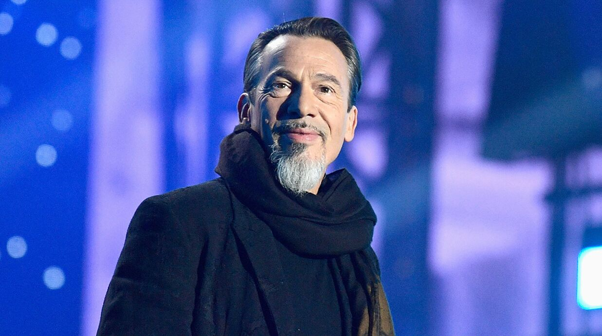 Mort de Johnny Hally­day : Florent Pagny raconte l'hommage émou­vant qui sera rendu au rocker dans The Voice