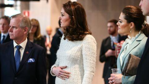 PHOTOS Kate Middleton enceinte: elle affiche fièrement son magnifique baby bump