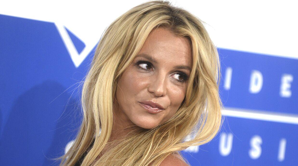 PHOTO Britney Spears enflamme la toile avec un cliché en lingerie sexy