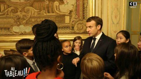 VIDEO Emmanuel Macron reçoit les enfants de l'émission Au tableau à l'Elysée!