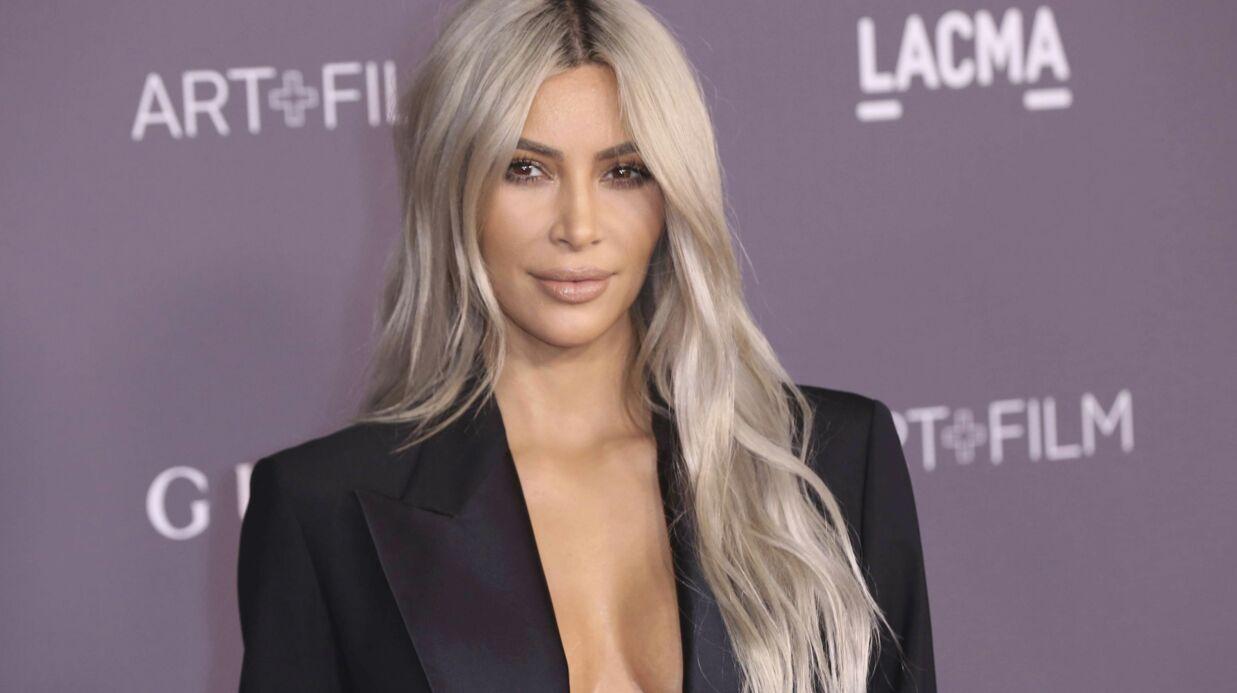 Kim Kardashian: nouveau selfie-miroir en bikini noir, elle tente de voler la vedette à sa sœur Kylie!