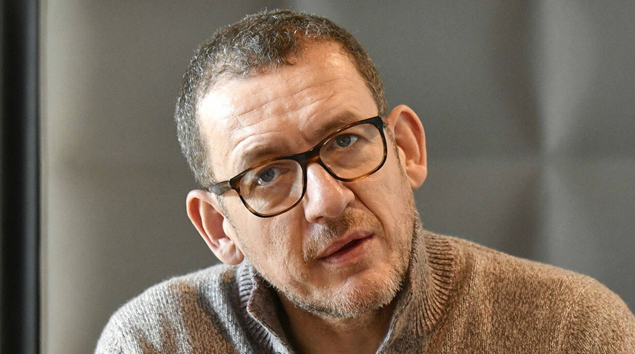 Héri­tage de Johnny Hally­day : pourquoi Dany Boon refuse de donner son avis