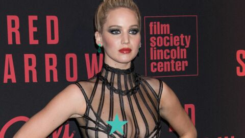 PHOTOS Jennifer Lawrence frôle l'accident de décolleté en robe très transparente