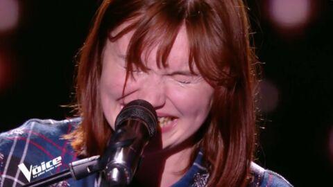 VIDEO The Voice: une candidate très émotive fond en larmes durant sa prestation