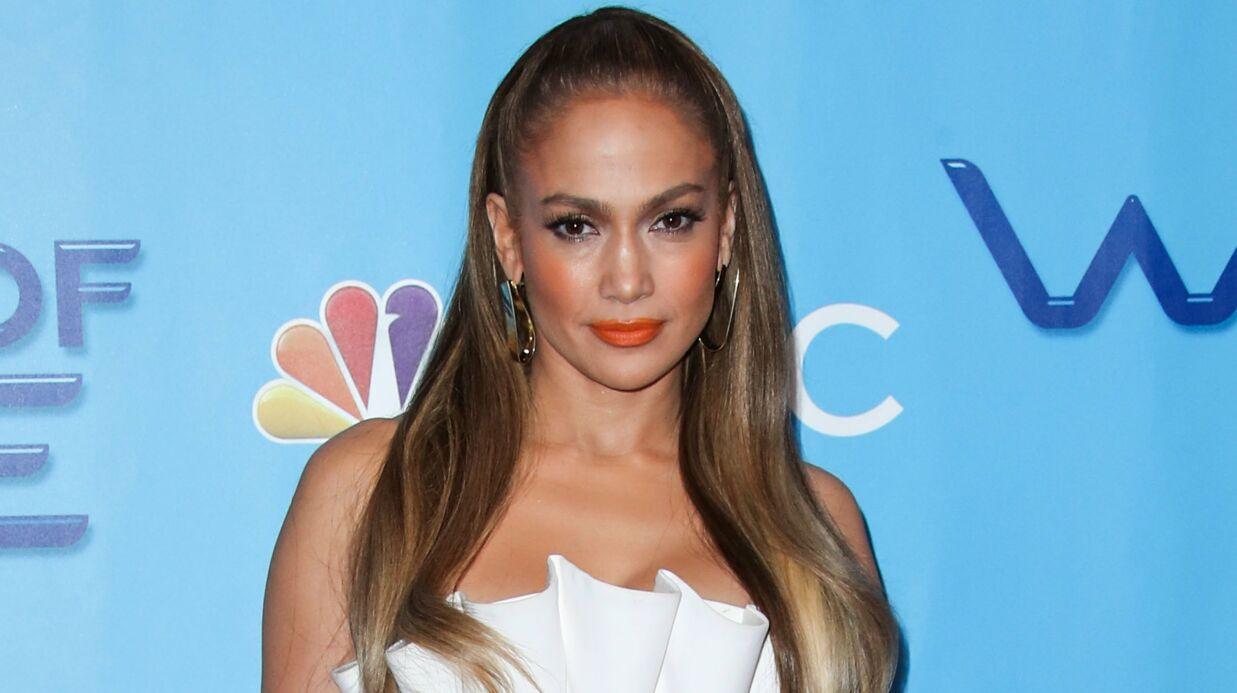 PHOTOS Jennifer Lopez: en soutien-gorge, elle dévoile sa plastique de rêve