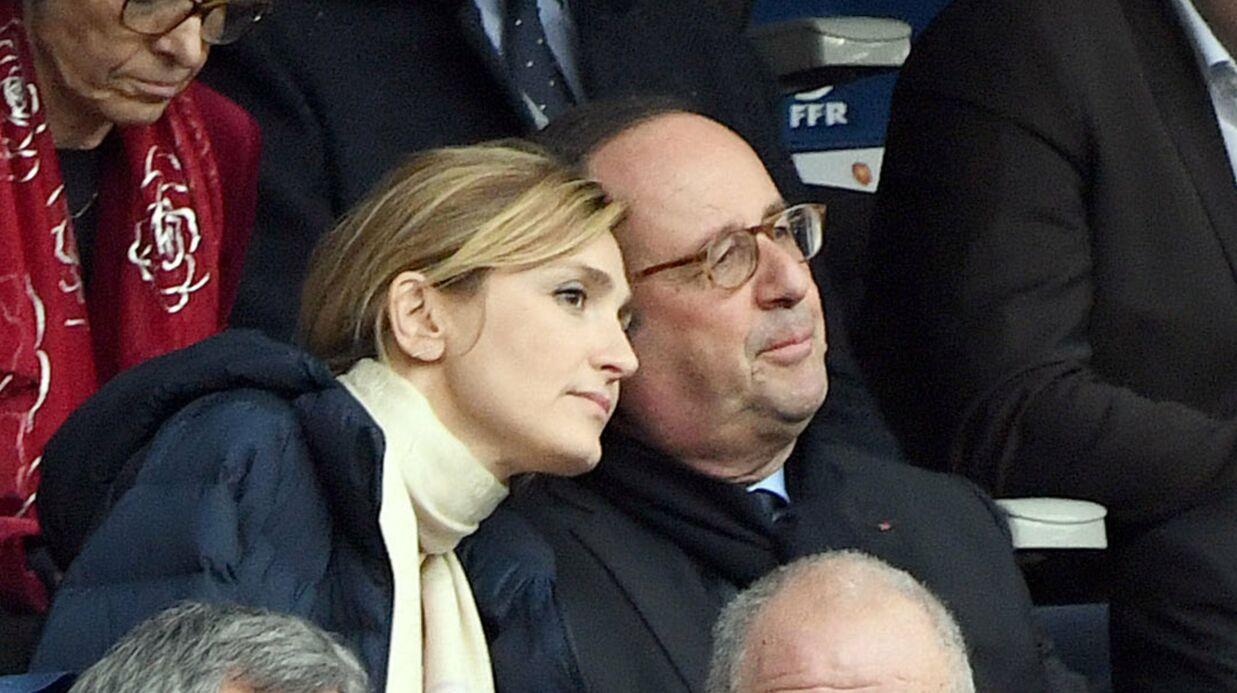 PHOTOS Julie Gayet et François Hollande très complices lors du match de rugby France/Angleterre