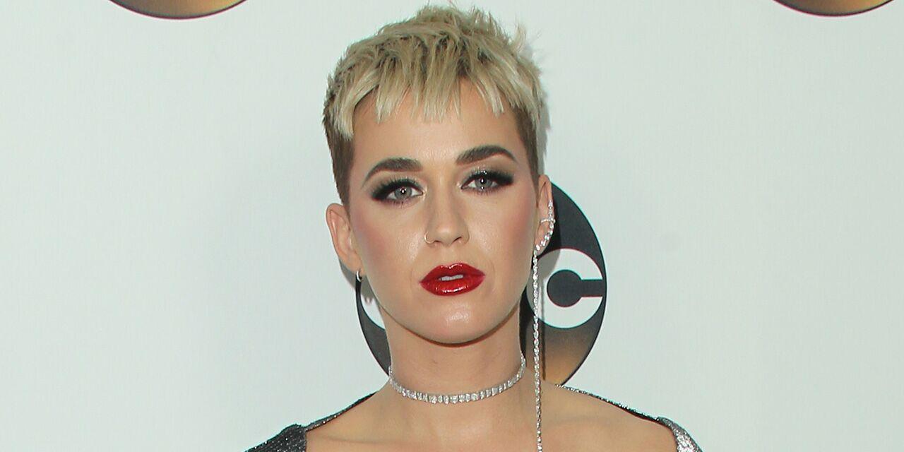 qui ne Katy Perry datant maintenant exemples de réponse de site de rencontre