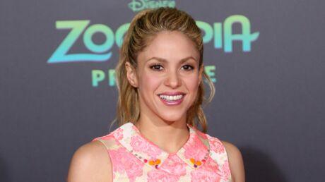PHOTO Shakira dévoile ses fesses dans une tenue très transparente