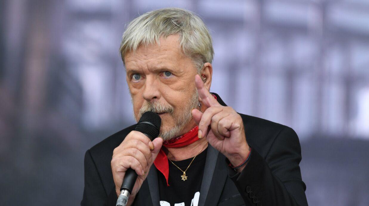 Renaud: après son hospitalisation, le chanteur va revenir avec un nouvel album (qui a de quoi surprendre)