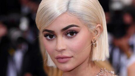 Kylie Jenner: les noms TRÈS OSÉS de ses nouveaux produits make-up ébranlent les internautes!