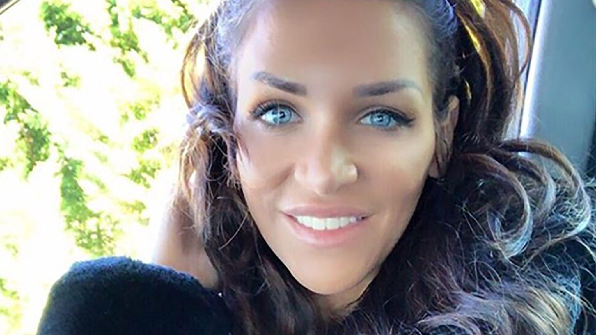 Julia Paredes (Friends Trip) accuse son ex d'être un dangereux pervers narcissique