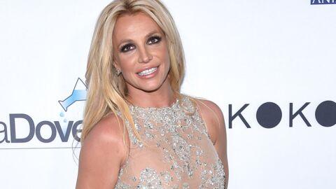 PHOTO Britney Spears plus sexy que jamais en mini-short, une chanteuse très connue la félicite