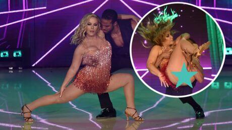 PHOTOS Accident de robe: Anastacia se retrouve les fesses à l'air libre dans Danse avec les stars