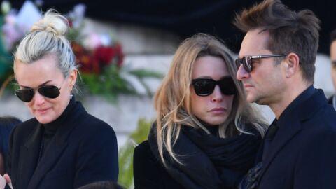 Johnny Hallyday: quand Laeticia interdisait les visites à David et Laura au profit d'une mystérieuse chanteuse