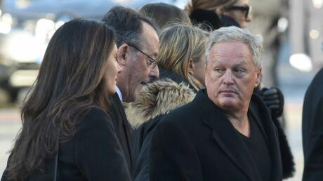 On sait ce qu'André Boudou a RÉELLEMENT dit à David Hallyday le jour de l'enterrement de Johnny