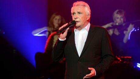 Michel Sardou en larmes pour l'ultime concert de sa tournée d'adieu
