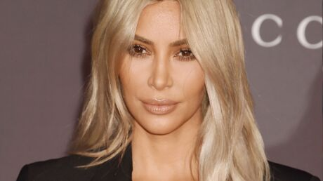 PHOTO Kim Kardashian sexy et sportive sur un paddle, elle s'affiche en bikini orange