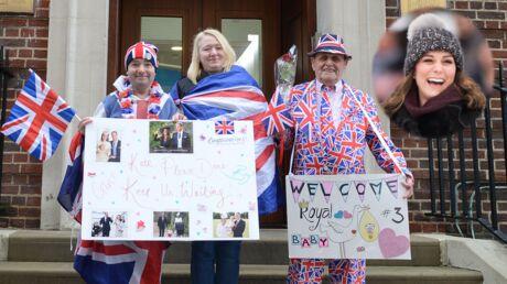 PHOTOS Kate Middleton enceinte: les fans campent déjà devant la Lindo Wing