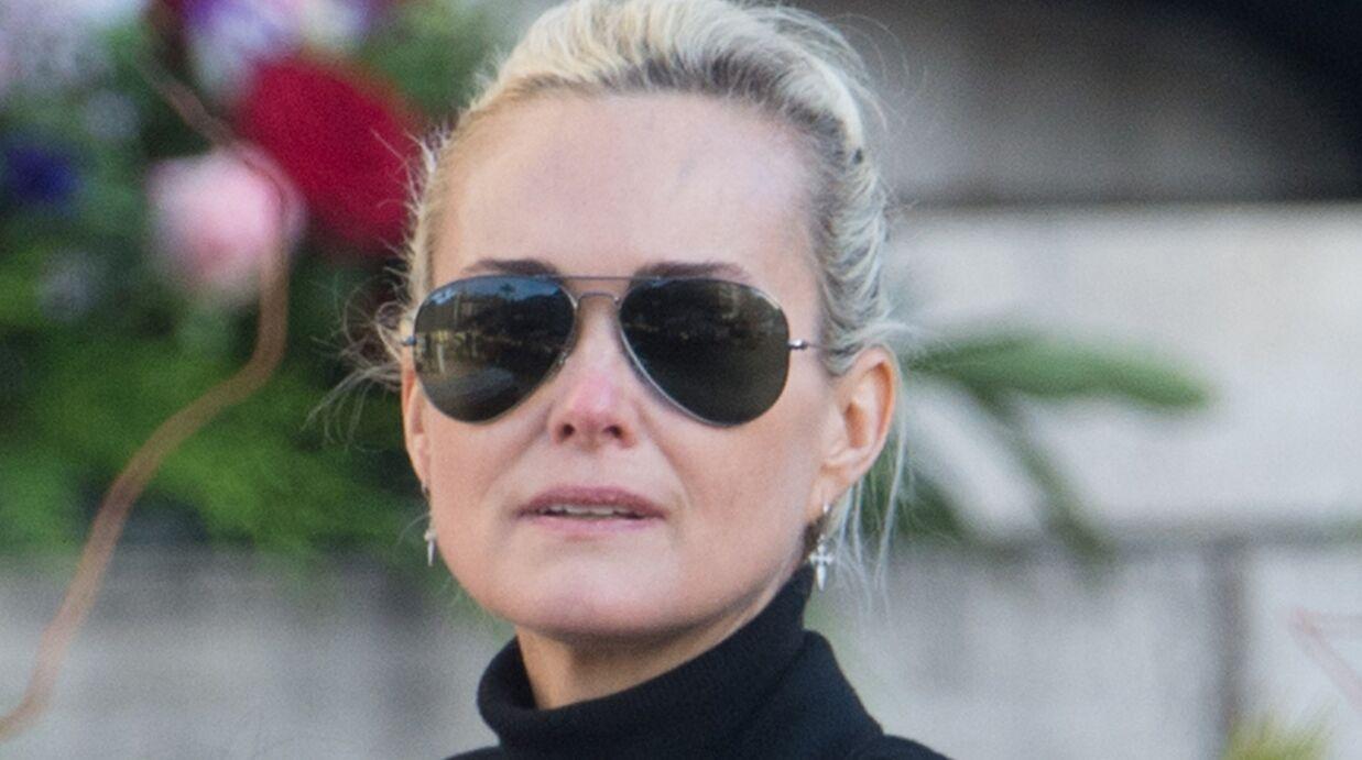 Laeticia Hallyday: une amie confie que la veuve de Johnny a pleuré en découvrant les attaques dont elle est la cible