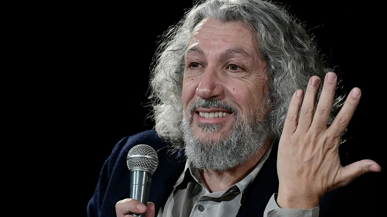 Burger Quiz: Alain Chabat assure que l'émission n'a jamais été proposée à Cyril Hanouna
