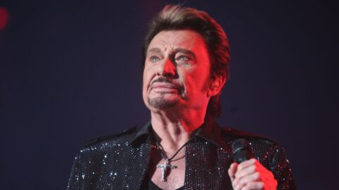 PHOTO Johnny Hallyday : la grosse colère de ses fans à la messe en son honneur