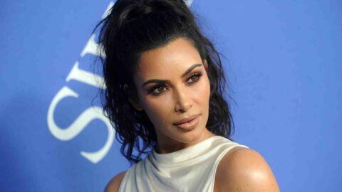 Kim Kardashian fait une bonne blague lors d'un discours de remise de prix