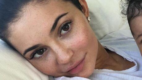 Kylie Jenner supprime toutes les photos de sa fille Stormi: pourquoi elle refuse de la médiatiser