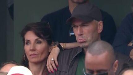 VIDEO Zinédine Zidane: acclamé par le public de Roland-Garros, le footballeur star fait… la gueule