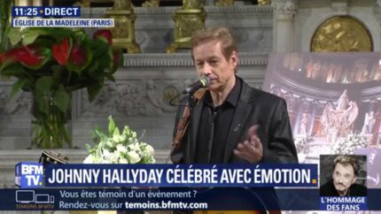 VIDEO Johnny Hallyday : qui est Chris Evans, l'homme qui a chanté à l'église de la Madeleine ?