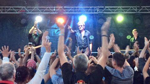Johnny Hallyday: les sosies du rocker cassent la baraque pour cette fête de la musique