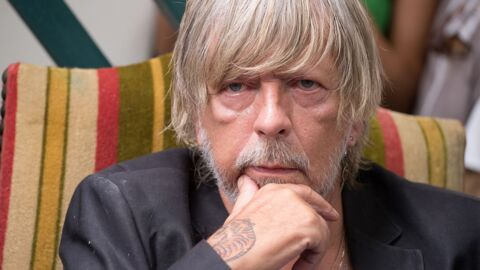 Renaud: pourquoi il est toujours anéanti par la mort de Johnny Hallyday