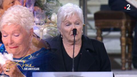 VIDEO Line Renaud s'effondre devant son hommage à Johnny Hallyday à La Madeleine